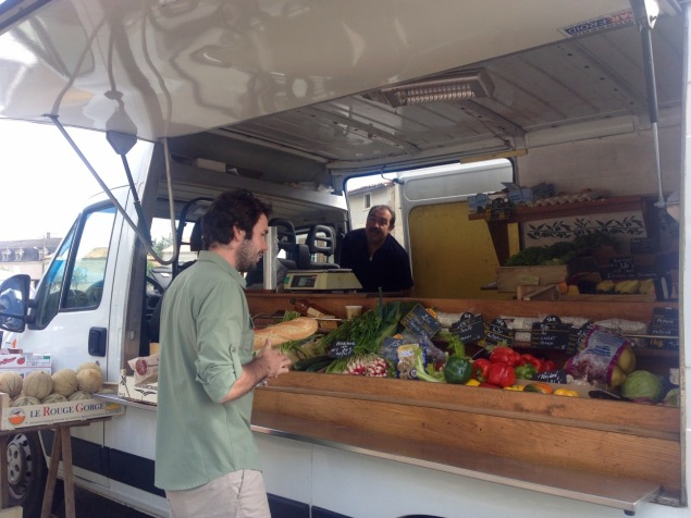 Peter buys fresh veg from the man from Moncontour
